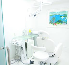 深井矯正歯科のビルの外観